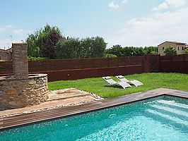 Restored stone house with garden and pool in Forallac.